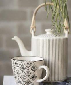 Casablanca Teapot, black stribe