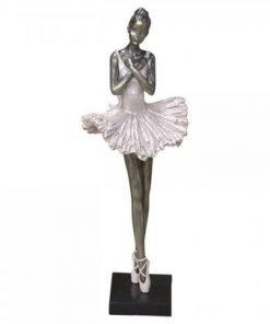 Ballerina, standing
