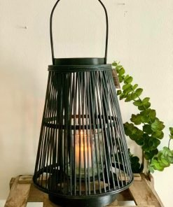 Bambulyhty, musta